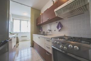 Chic Apartment, Ferienwohnungen  Split - big - 8