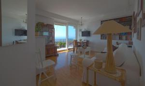 Chic Apartment, Ferienwohnungen  Split - big - 23
