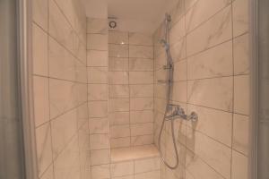 Chic Apartment, Ferienwohnungen  Split - big - 25