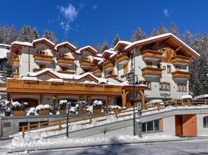Hotel Madonna delle Nevi - AbcAlberghi.com