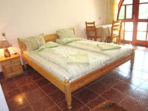 Deluxe Triple Room with Balcony The Beautiful House