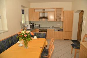 Appartement Holiday + Villa Theresa