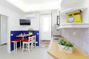 Caracciolo Apartments - abcRoma.com