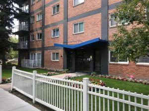 Budget Friendly Accommodation in Downtown Calgary
