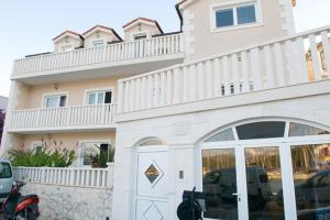 Apartments Zura
