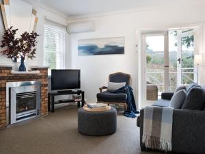 Lake Daylesford Apartment 2