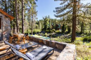 Jasper by AvantStay - Secluded Cottage On Truckee River