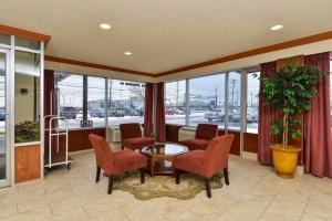 Americas Best Value Inn Cleveland Airport, Hotels  Brook Park - big - 11