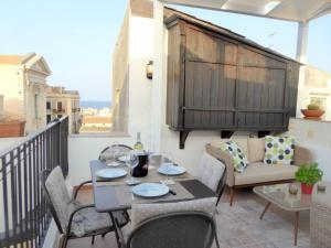 Casa Dei Nonni - Terraced Apartment With sea Views - AbcAlberghi.com