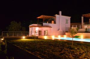 Villa Soumela, Виллы  Никиана - big - 32