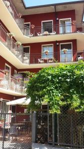 Hotel Garnì Capinera - AbcAlberghi.com