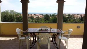 Appartamenti La Caletta in Sardegna - AbcAlberghi.com