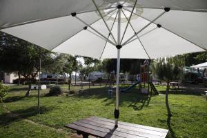 Camping Valle Niza Playa, Kempingek  Benajarafe - big - 16