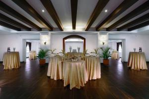 Grand Aston City Hall Hotel & Serviced Residences, Aparthotels  Medan - big - 50