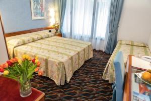 Hotel San Terenzo - AbcAlberghi.com