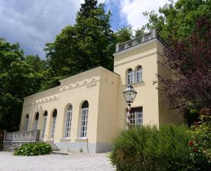 Villa Elasan - Hotel - Bled