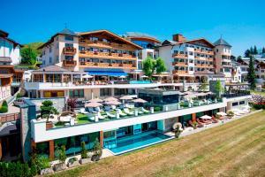 Wellnesshotel Cervosa - Hotel - Serfaus