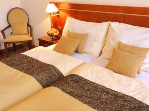 Hotel Raffaello, Hotely  Praha - big - 3
