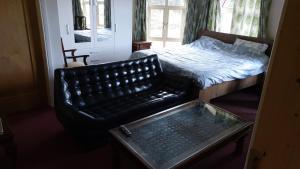 Glenbarrow Lodge