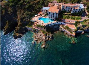 Hotel Carasco - AbcAlberghi.com