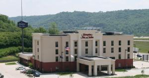 Hampton Inn & Suites Wilder - Fort Wright