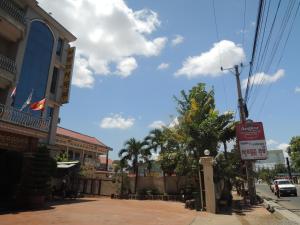Hostales Baratos - Sovann Phum Hotel and Restaurant