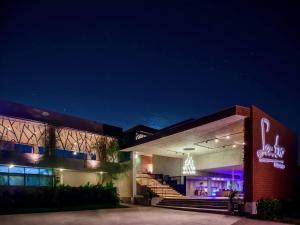Sea Two Pool Villa Resort Pattaya - Ban Nong Hin