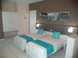 Blue Nest Hotel, Hotel  Tigaki - big - 48
