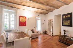 Idyllia - lovely Colosseum loft/apartment for six - abcRoma.com