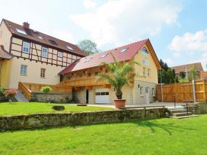 Landhotel Altes Pfarrhaus - Bilzingsleben