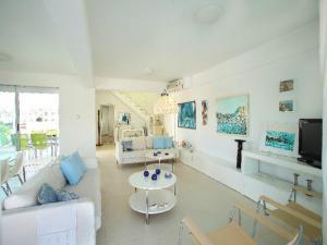 Architect's Villa, Villas  Protaras - big - 9