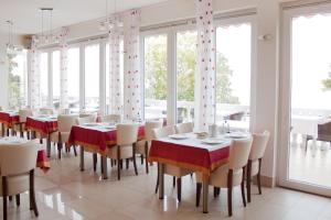Hotel Vali Dramalj, Отели  Цриквеница - big - 15