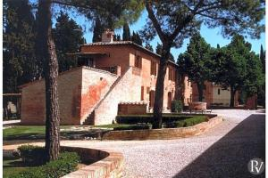 Siena Apartment Sleeps 4 Pool WiFi T433405 - AbcAlberghi.com