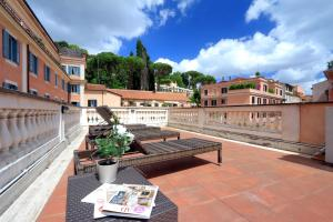 Piazzetta Margutta - My Extra Home - abcRoma.com