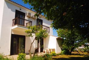 Hostels e Albergues - Saonisos
