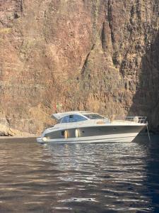 Barca di lusso Prestige 440s - AbcAlberghi.com