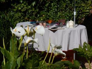 La Maison de la Plage - La Cerisaie, Bed & Breakfasts  Honfleur - big - 30