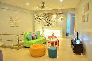 Tree House Inn - Banaag