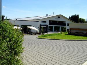 Reit- und Sporthotel Eibenstock - Albernau
