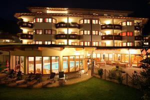 Aktiv-Hotel Traube, Szállodák - Wildermieming