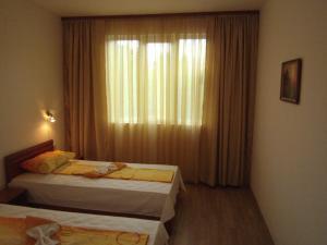 Nicol Apartment in Hermes Complex, Apartmanok  Napospart - big - 1