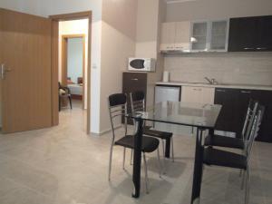 Nicol Apartment in Hermes Complex, Apartmány  Slnečné pobrežie - big - 6