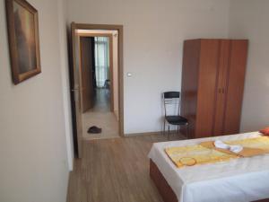 Nicol Apartment in Hermes Complex, Apartmány  Slnečné pobrežie - big - 14