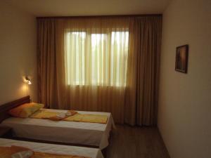 Nicol Apartment in Hermes Complex, Apartmány  Slnečné pobrežie - big - 20
