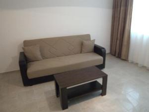 Nicol Apartment in Hermes Complex, Apartmány  Slnečné pobrežie - big - 22