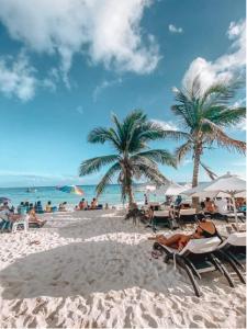 AKBAL Playa - Beach Zone