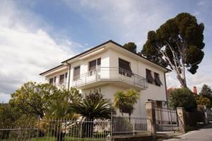 Casa Belvedere (CITRA 008026-LT-0015) - AbcAlberghi.com