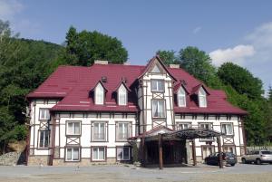 Отель Золотая Форель, Коростов