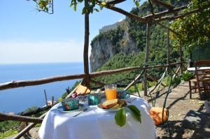 B&B Ercole di Amalfi - AbcAlberghi.com