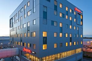 Hampton by Hilton London Gatwick Airport (4 of 25)